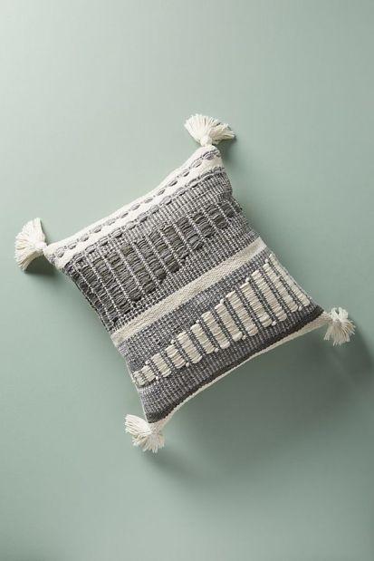 anthropologie_integral_pillow