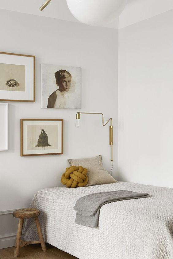 fantastic_frank_bedroom