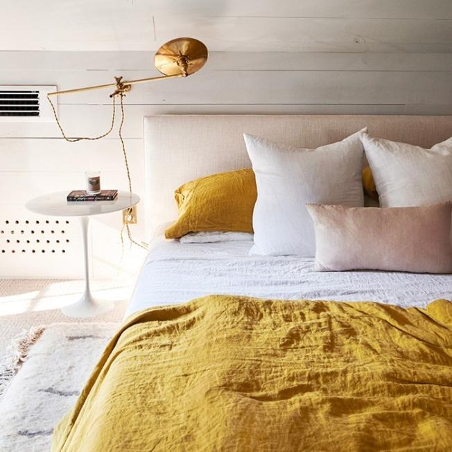 thenew_pink_yellow_bedroom