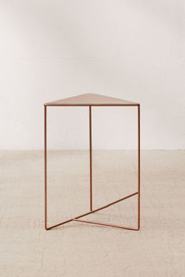 urbanoutfitters_triangle_table